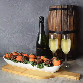 Champagne & Chocolate Strawberries Gift Basket Manchester