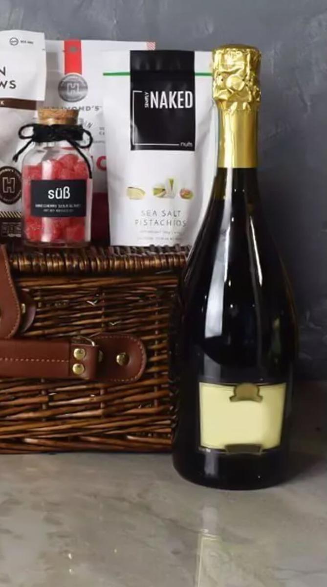 Kosher Champagne & Treats Basket